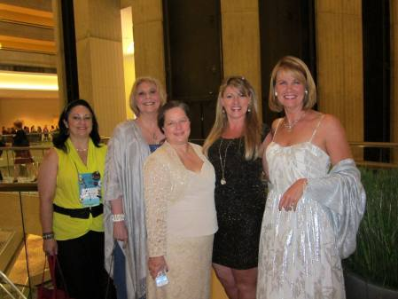 Some of the greatest gals I know: Raven Raye, Ruth Kenjura, Melinda Porter, some chick in a black dress, and Sarah Andre.