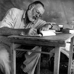 598px-Hemingway_1953_Kenia