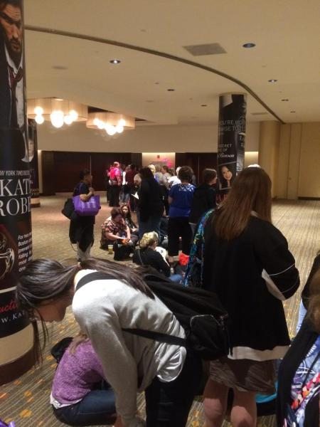 Long lines for reader events were everywhere.