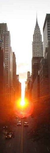 170px-Manhattanhenge2_rotated+sharpened
